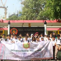 Mahasiswa Program Sarjana Kesehatan Masyarakat Mengikuti International Field Study di Thailand